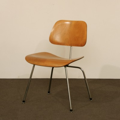 dcm dinner chair from the fifties by charles u0026 ray eames for herman miller - Herman Miller Eames Chair