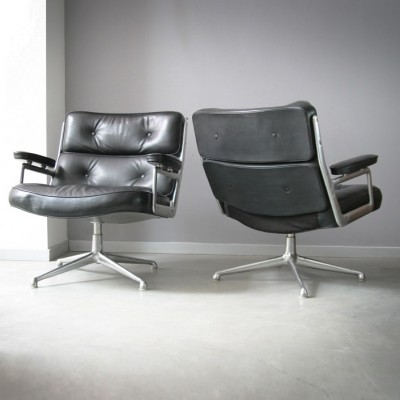 pair of es 105 lobby lounge chairs by charles ray eames for herman