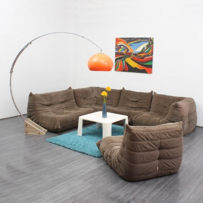 togo sofa from the seventies by michel ducaroy for ligne roset 6663. Black Bedroom Furniture Sets. Home Design Ideas