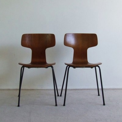 Pair Of Model 3103 Dining Chairs By Arne Jacobsen For Fritz Hansen