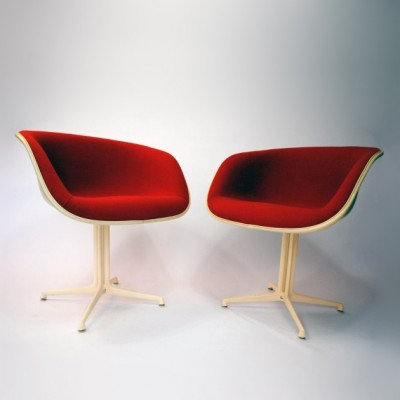 2 x La Fonda lounge chair by Charles & Ray Eames for Vitra, 1960s ...