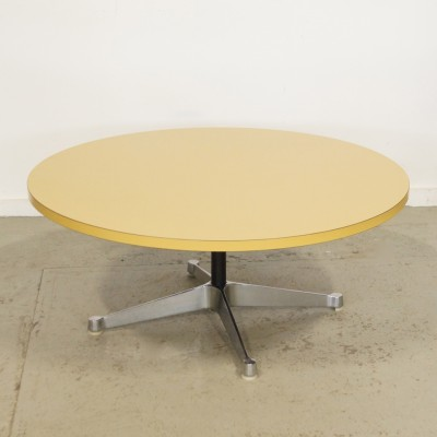 coffee table by charles ray eames for herman miller