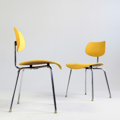 2 x se 68 dinner chair by egon eiermann for wilde und spieth 1950s 12897. Black Bedroom Furniture Sets. Home Design Ideas