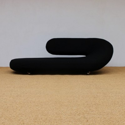Chaise longue lounge chair by geoffrey harcourt for for Artifort chaise longue