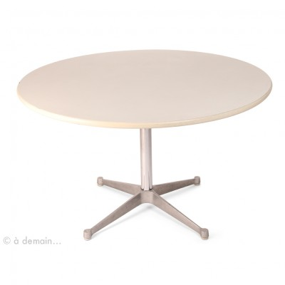 Aluminium Group Dining Table By Charles, Herman Miller Eames Coffee Table Round
