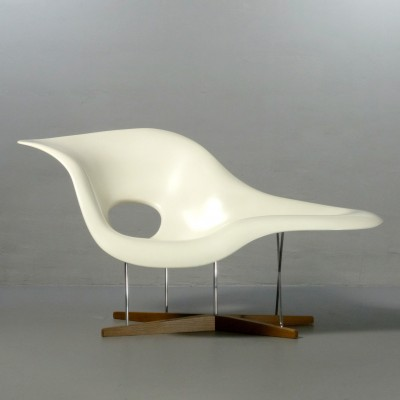 Miraculous La Chaise Lounge Chair By Charles Ray Eames For Vitra Ibusinesslaw Wood Chair Design Ideas Ibusinesslaworg