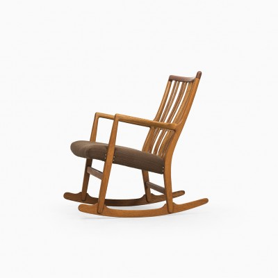 ML-33 Rocking Chair by Hans Wegner for Mikael Laursen