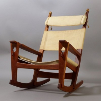 GE-673 Keyhole Rocking Chair by Hans Wegner for Getama