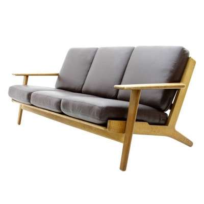 GE 290 Sofa by Hans Wegner for Getama