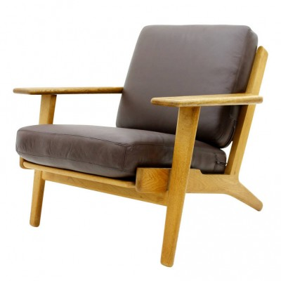 GE 290 Lounge Chair by Hans Wegner for Getama
