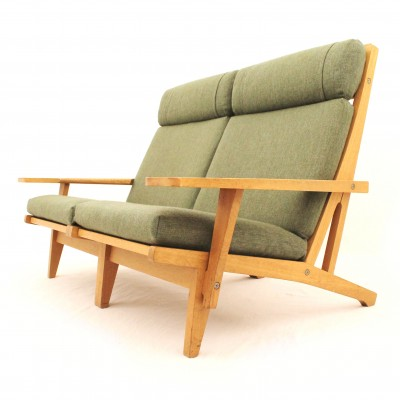 GE-375 Sofa by Hans Wegner for Getama