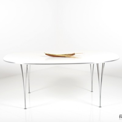 Superelipse B613 Dining Table by Piet Hein and Arne Jacobsen for Fritz Hansen