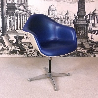 PAC Office Chair by Charles and Ray Eames for Herman Miller