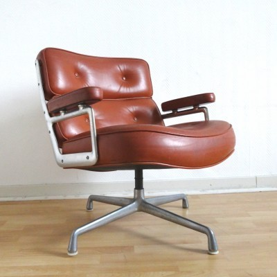 time life lobby lounge chair by charles ray eames for herman