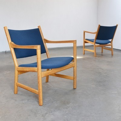 CH52 Lounge Chair by Hans Wegner for Carl Hansen and Son