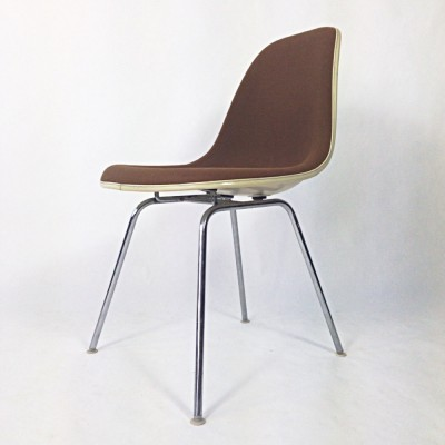 DSX Fibreglass / Hopsack Dinner Chair by Charles and Ray Eames for Herman Miller
