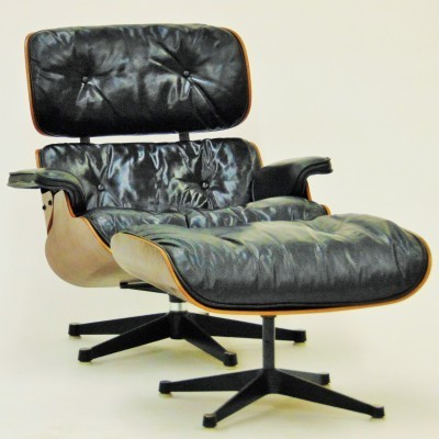 Model 670/671 Lounge Chair by Charles and Ray Eames for Vitra