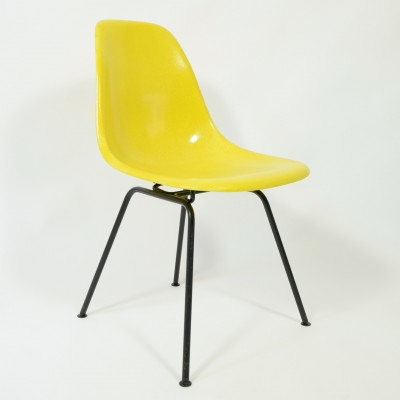 DSX Dinner Chair by Charles and Ray Eames for Herman Miller