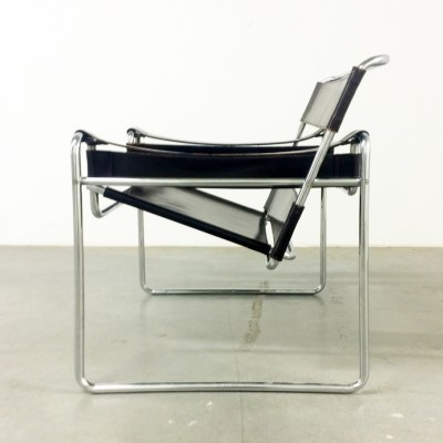 wassily lounge chair by marcel breuer for gavina 31951. Black Bedroom Furniture Sets. Home Design Ideas