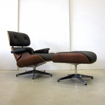 Walnut Lounge Chair by Charles and Ray Eames for Vitra