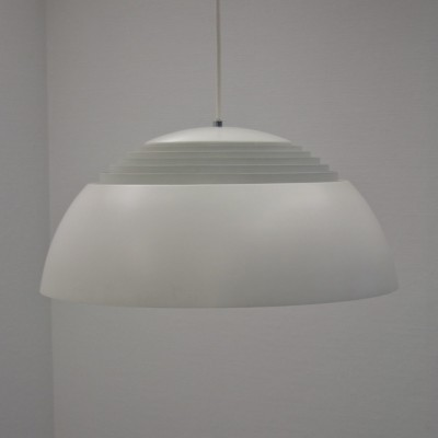 AJ Royal SAS Hanging Lamp by Arne Jacobsen for Louis Poulsen #32340