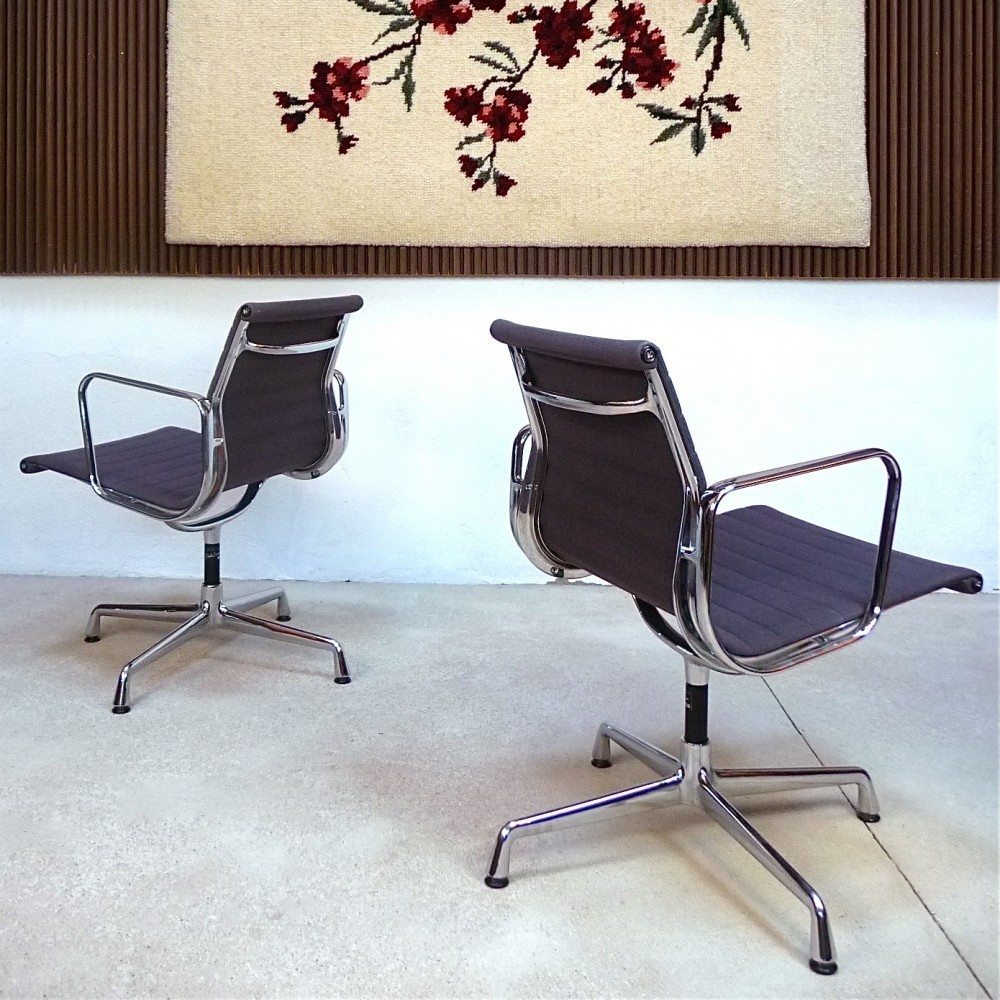 ea 104 aluminium group office chair by charles and ray eames for vitra 32790. Black Bedroom Furniture Sets. Home Design Ideas