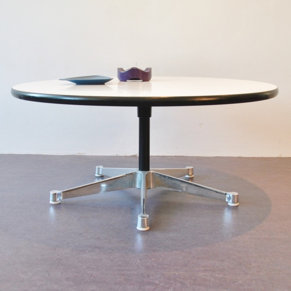 Superb Aluminum Base Group Coffee Table By George Nelson For Herman Miller, 1960s