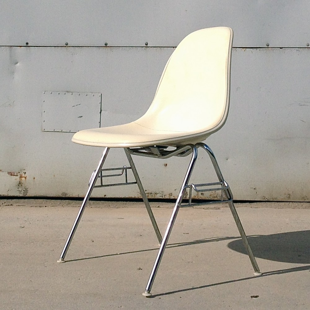 stacking side chair dss dinner chair by charles ray eames for