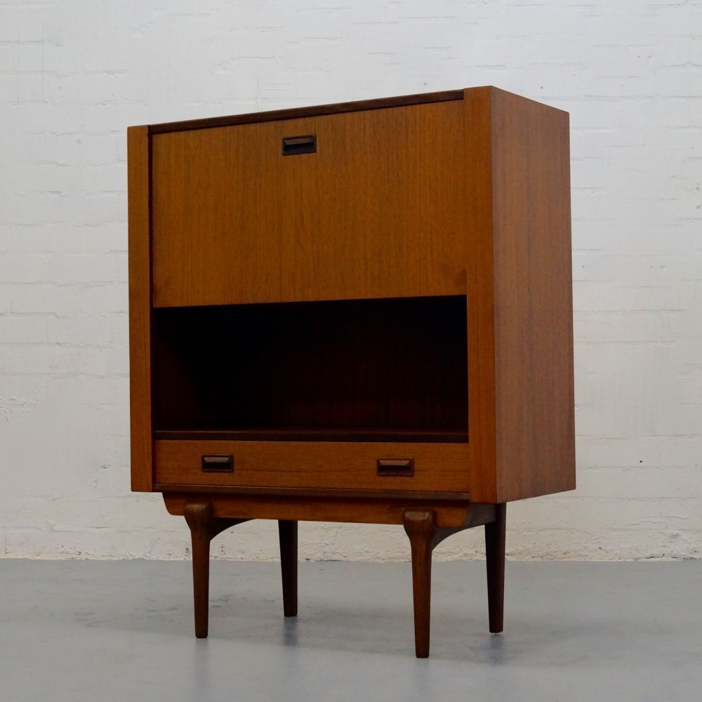 Cabinet by Unknown Designer for Topform