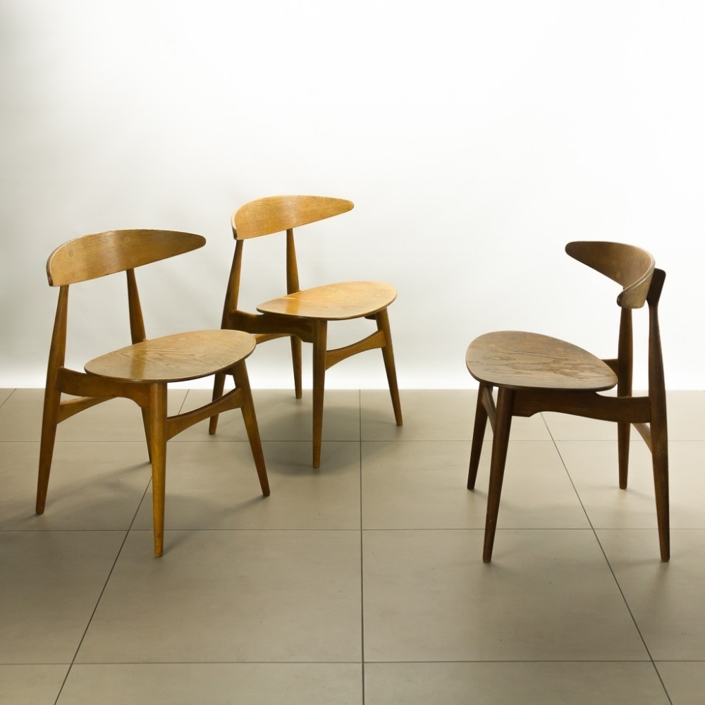 ch33 dinner chair by hans wegner for carl hansen and son. Black Bedroom Furniture Sets. Home Design Ideas