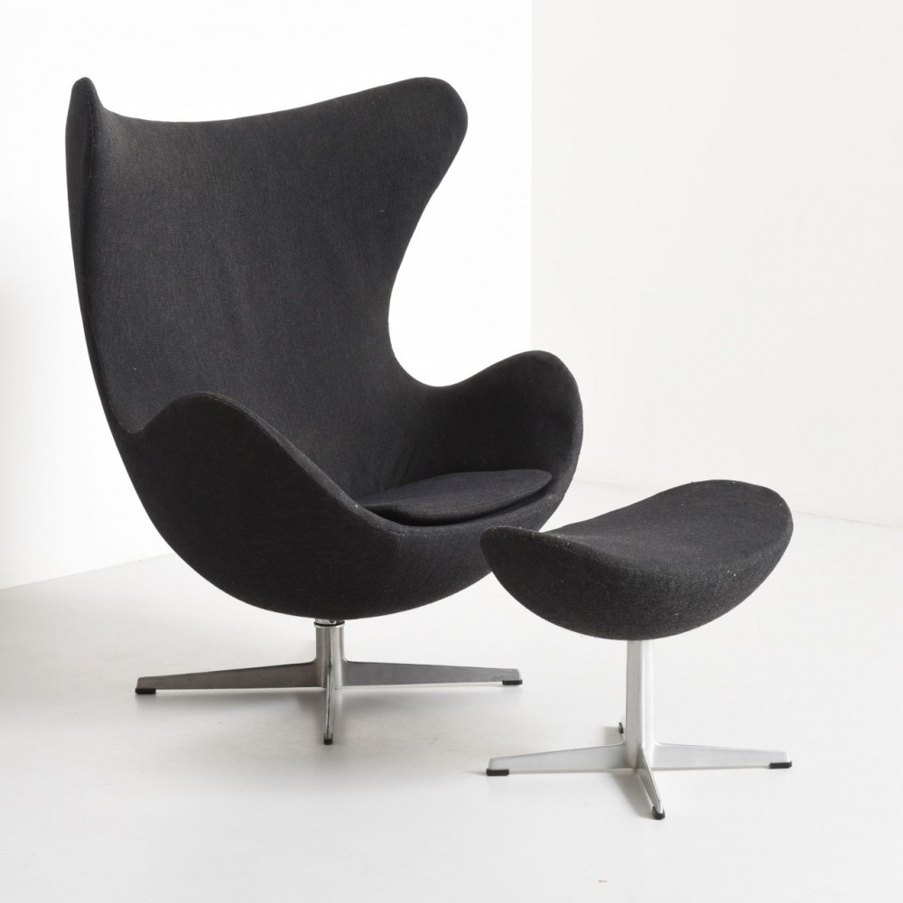 Egg chair with ottoman lounge chair by arne jacobsen for fritz hansen 1950s 35277 - Second hand egg chair ...