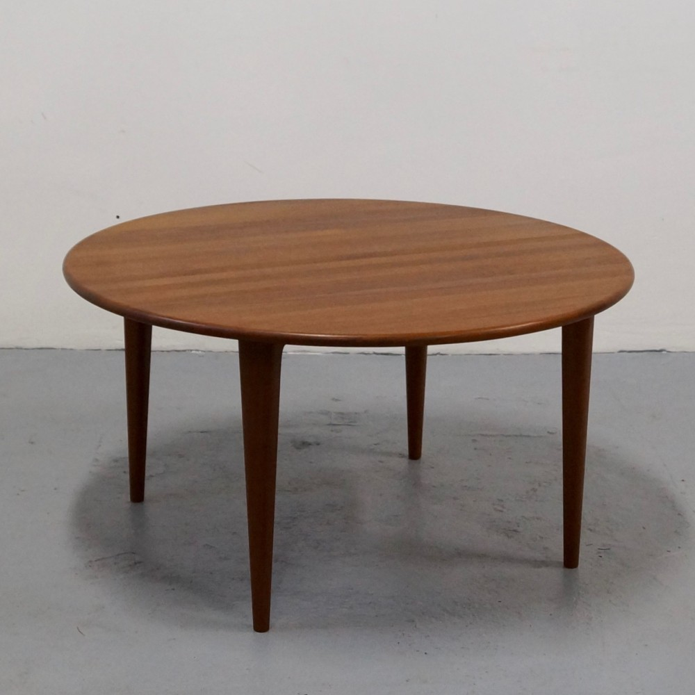Coffee Table By Unknown Designer For Unknown Manufacturer 35555