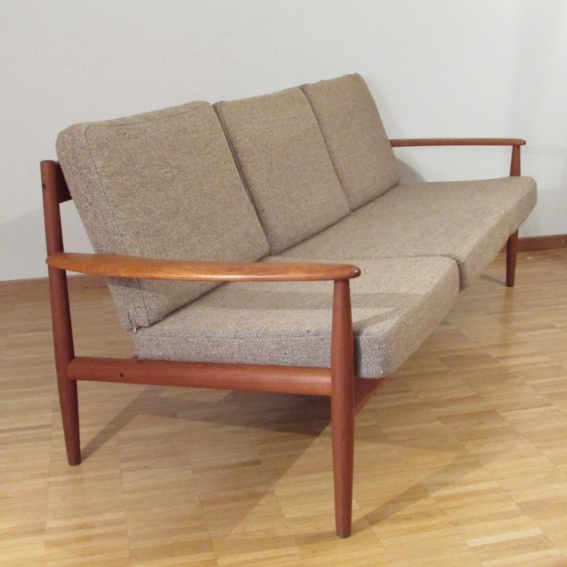Kirby Large Sofa: Sofa By Grete Jalk For Cado
