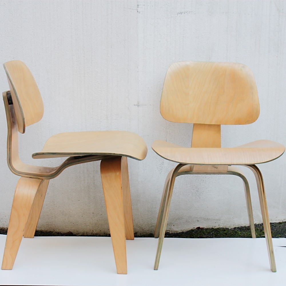 Pair of DCW lounge chairs by Charles & Ray Eames for Evans, 1940s