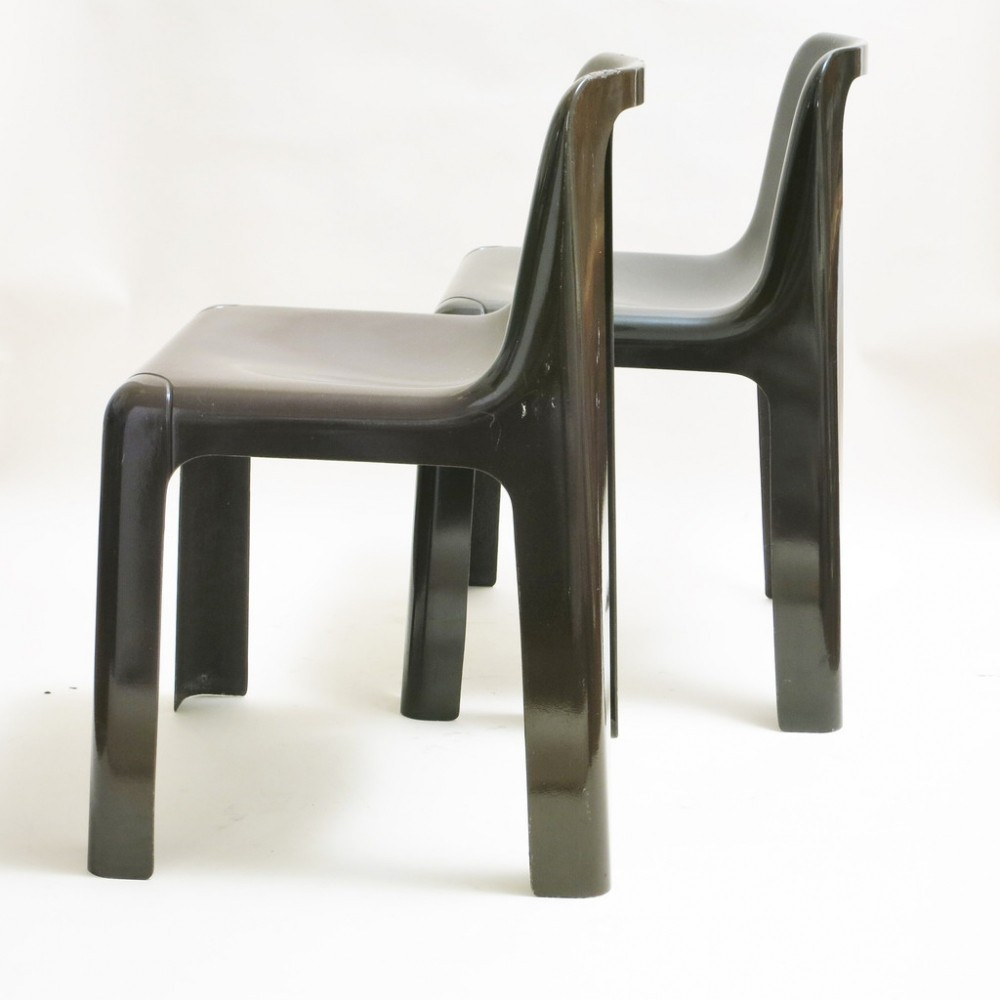 Captivating Pair Of Ozoo 700 Dinner Chairs By Marc Berthier For Roche Bobois, 1970s