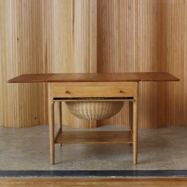 AT33 Sewing Table Side Table by Hans Wegner for Andreas Tuck