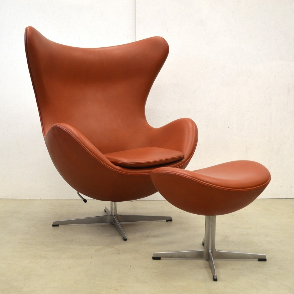 Egg Lounge Chair From The Sixties By Arne Jacobsen For Fritz Hansen
