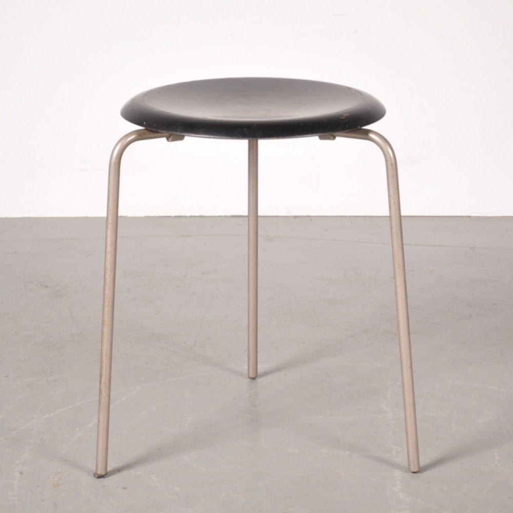 Stool By Arne Jacobsen For Fritz Hansen 1950s 45543