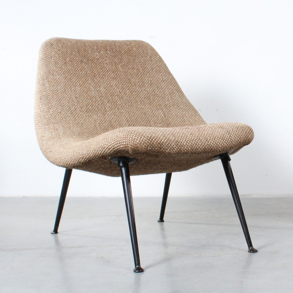 122 Lounge Chair by Theo Ruth for Artifort