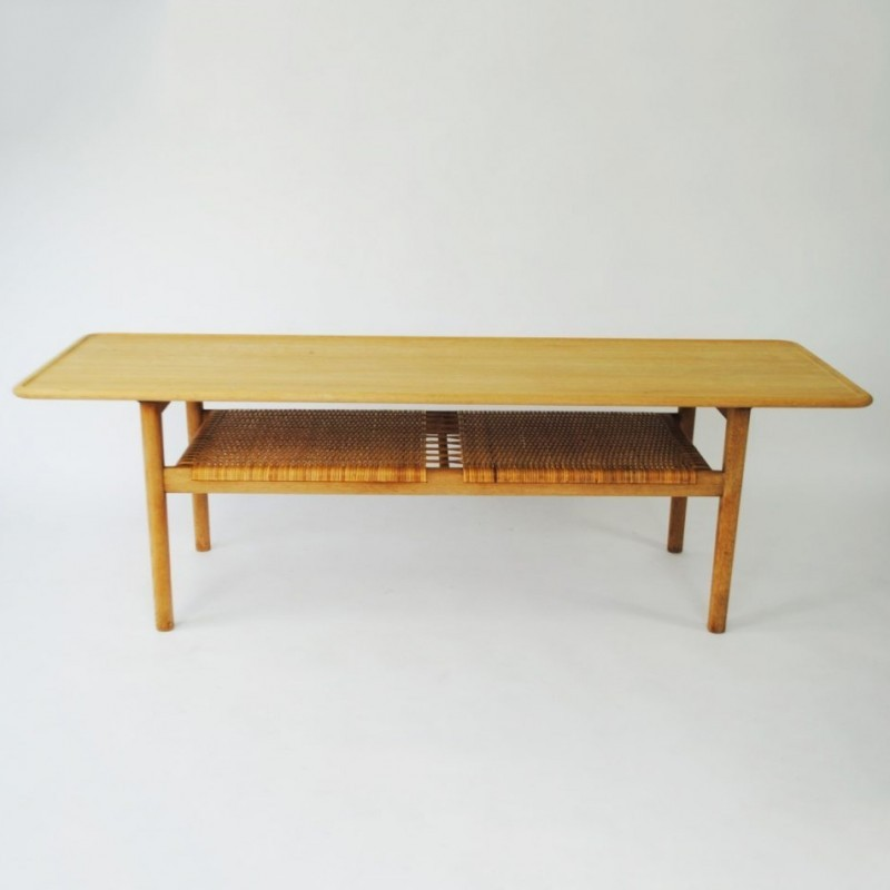 AT-10 Coffee Table from the fifties by Hans Wegner for Andreas Tuck