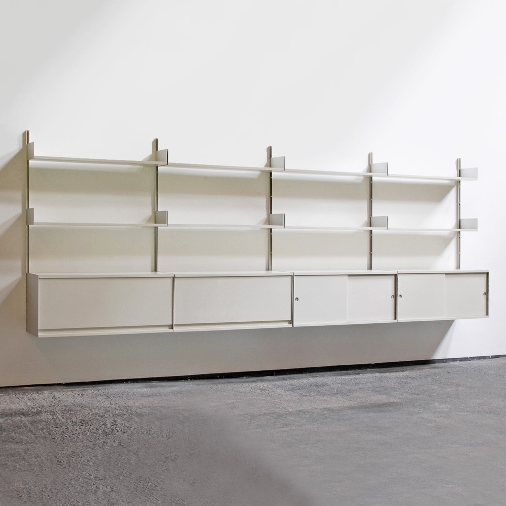 Vitsoe 606 Wall Unit from the seventies by Dieter Rams for Vitsoe