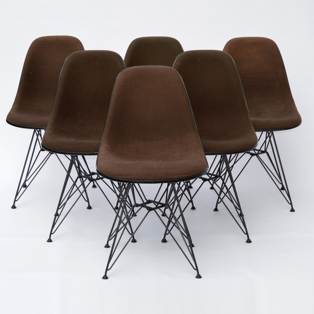 Dining Side Chair DSR Fiberglass Dinner Chair by Charles and Ray Eames for Vitra