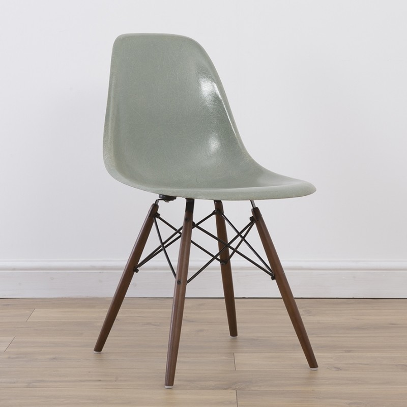 DSW Side Chair Dinner Chair by Charles and Ray Eames for Herman Miller