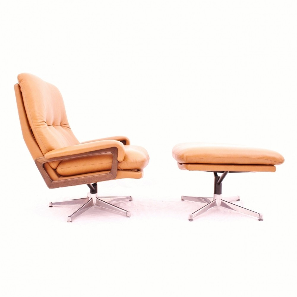 Surprising Swiss Design King Lounge Chair With Ottoman In Cognac Creativecarmelina Interior Chair Design Creativecarmelinacom