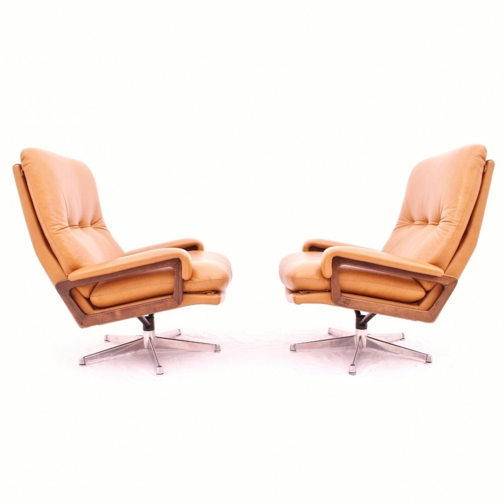Set of 2 King lounge chairs from the sixties by André Vandenbeuck for Strässle