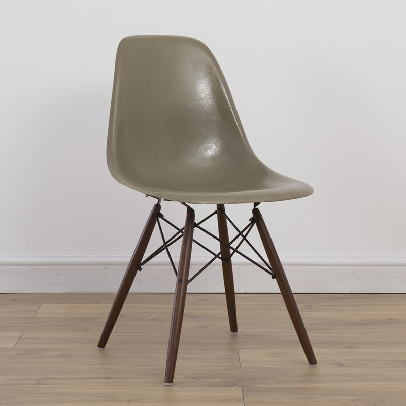 DSW Raw Umber SIde Chair Dinner Chair by Charles and Ray Eames for Herman Miller