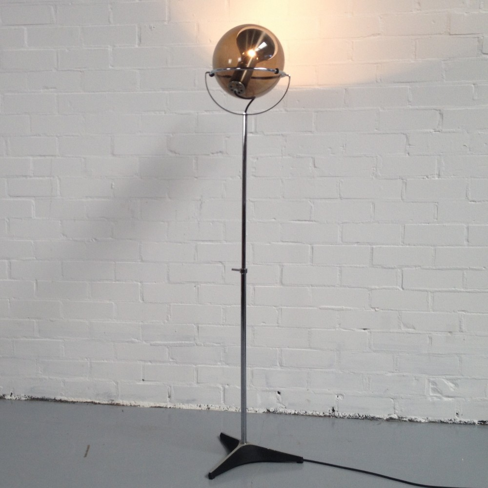 Globe Floor Lamp from the fifties by Frank Ligtelijn for Raak Amsterdam