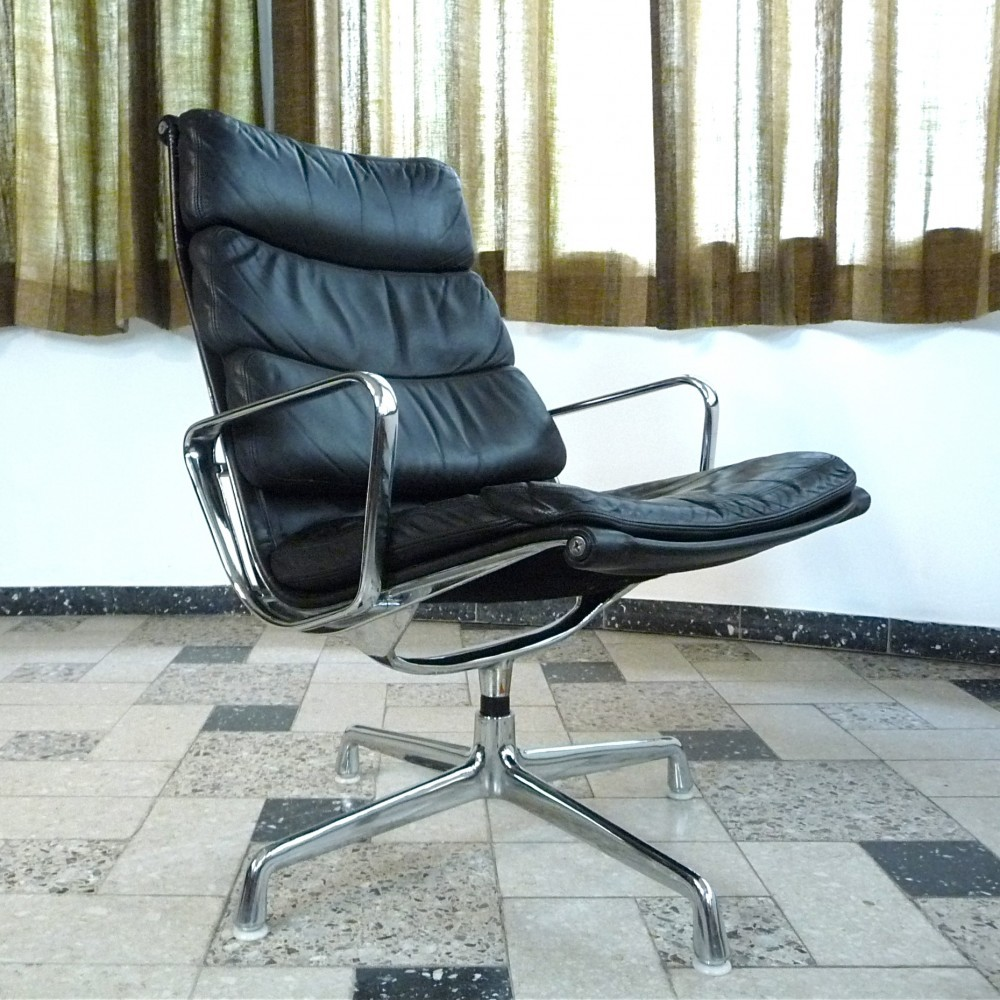 Ea 216 Soft Pad Office Chair By Charles Ray Eames For Herman Miller 1960s