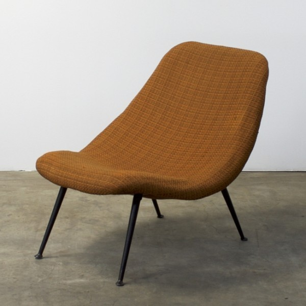 F122 Lounge Chair by Theo Ruth for Artifort