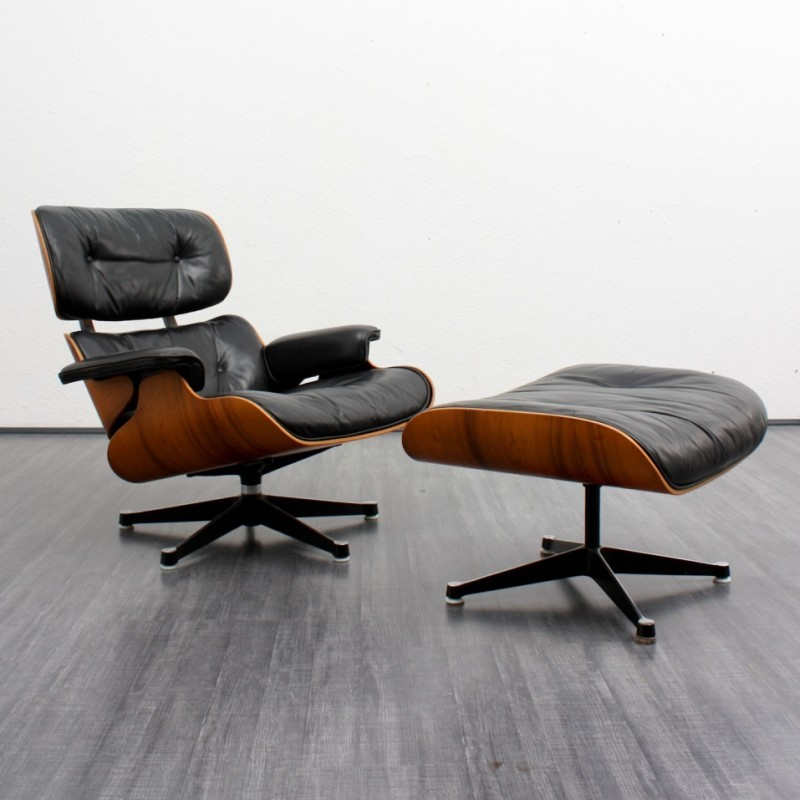lounge chair by charles and ray eames for herman miller. Black Bedroom Furniture Sets. Home Design Ideas
